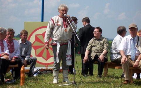 Anošoń Tumaj korty Atäń Ězemsě. Ěrzäń Raśkeń Ozks 2007 ie. Čukalo vele, Pokšignadbue. Foto: Ěrzäń žurnalist.